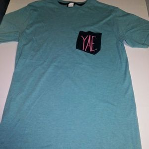 Volcom turquoise pocket Tee size MED